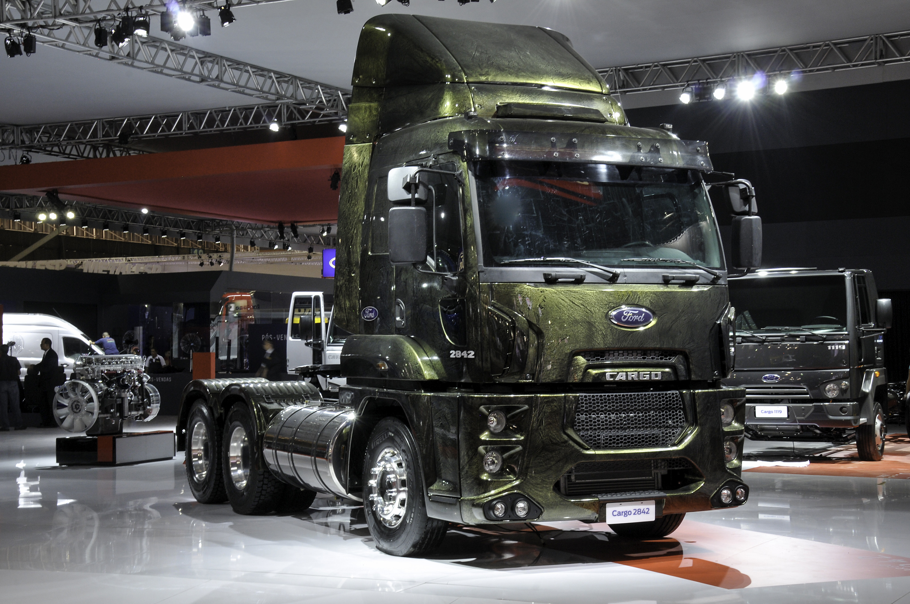 ford south america trucks with Ford Desenvolve Show Truck T Rex Para Exposicao Em Feira No Para on 4x4 Bus Conversions likewise Ford Desenvolve Show Truck T Rex Para Exposicao Em Feira No Para likewise F1231201410 K moreover Vw Amarok Volkswagen Pick Up  es To Uk In 2011 likewise Fichier 2001 2003 Ford Ranger.